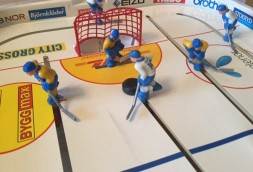 galda hokejs