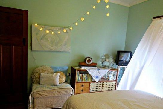 bedroom-658200_640-002